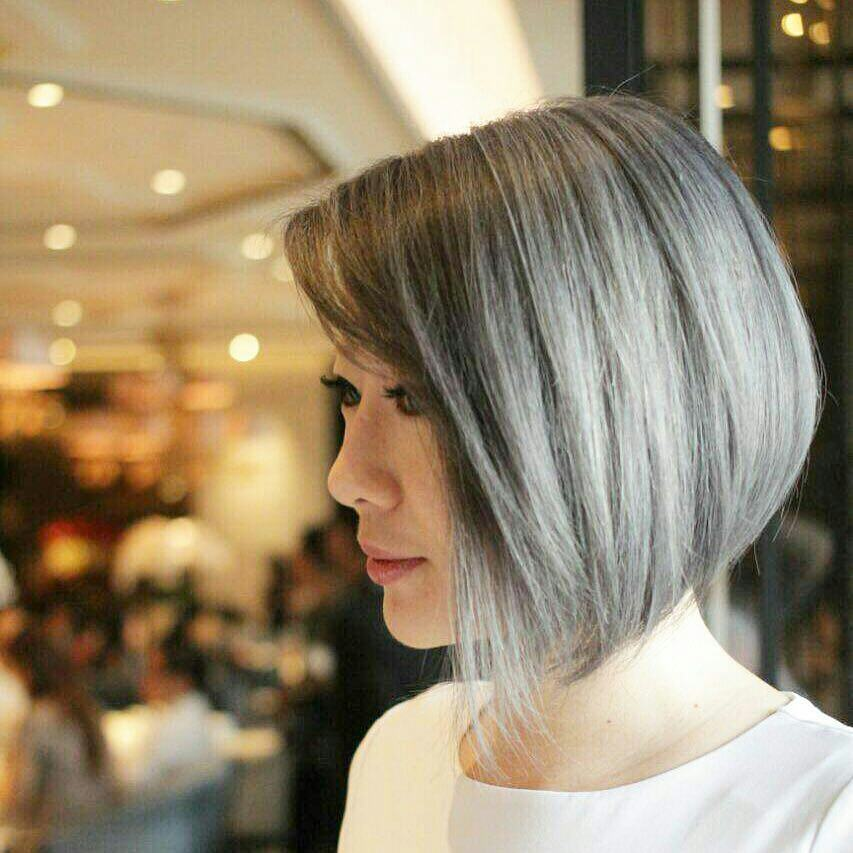 Simple Short Straight Bob Haircut - Women Short Hairstyle for Thick Hair