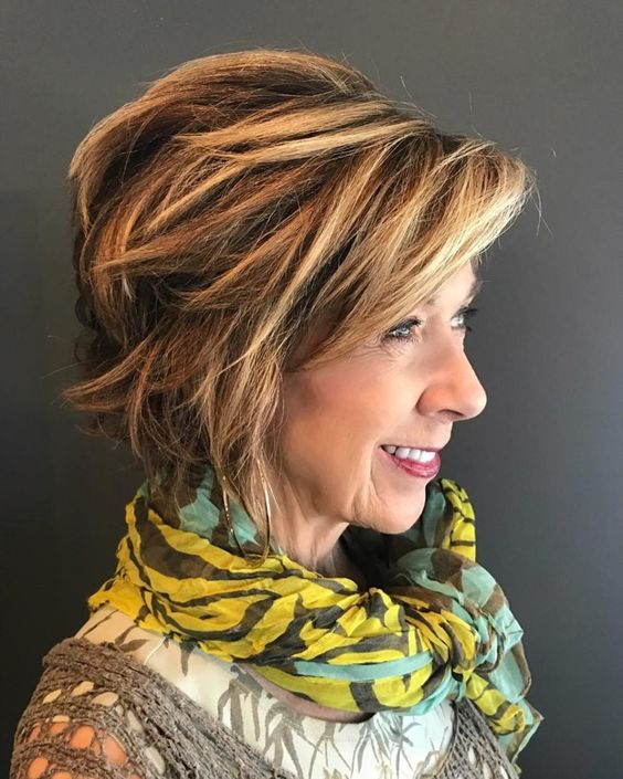 Layered Hairstyles Short Haircuts For Women Over 50 2019 77
