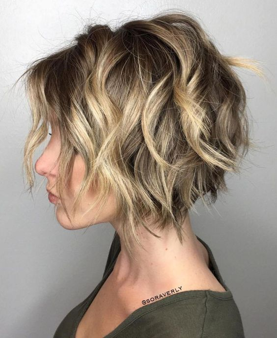 Stylish Messy Short Hairstyle Ideas - Women Short Haircut