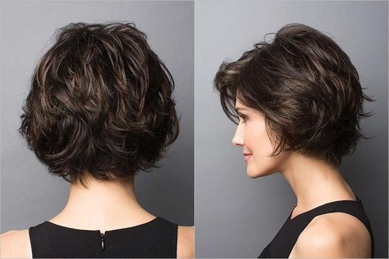 Most popular Short Wavy Hairstyles - Women Short Haircut Designs