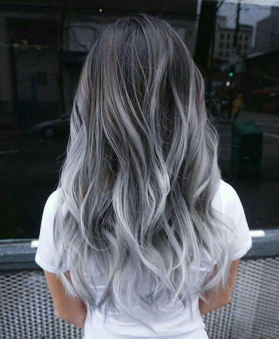 10 Hi-Fashion Gray Hair Styles For Trendy Gals