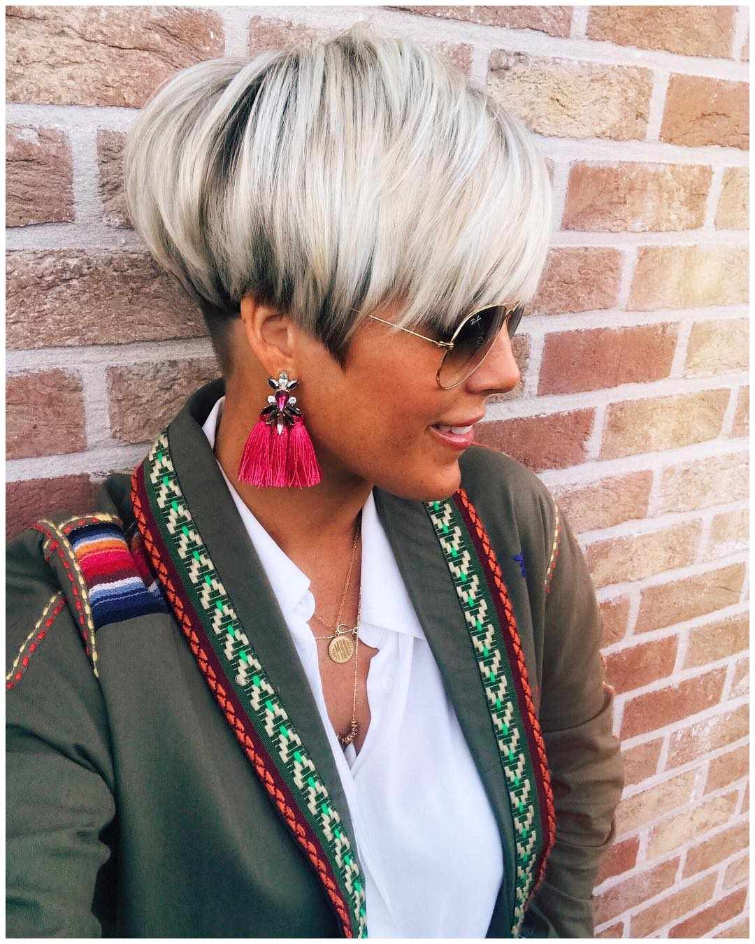 10 Colorful & Stylish Easy Pixie Haircut Ideas - Short ...