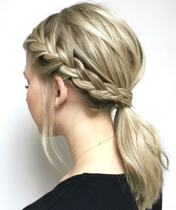 Elegant Side Braid Hairstyles for Female - Braided Hair Style Ideas