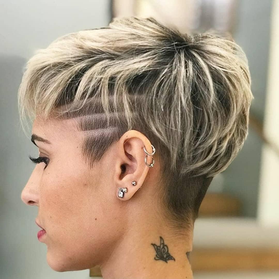 10 Feminine Pixie Haircuts Ideas for Women - Short Pixie Hairstyles 2020