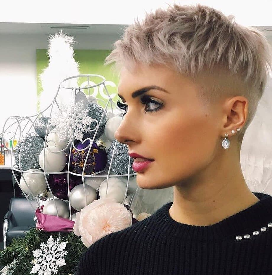 Best Pixie Haircuts, and Short Hair Ideas for Female - Short Pixie Hairstyles