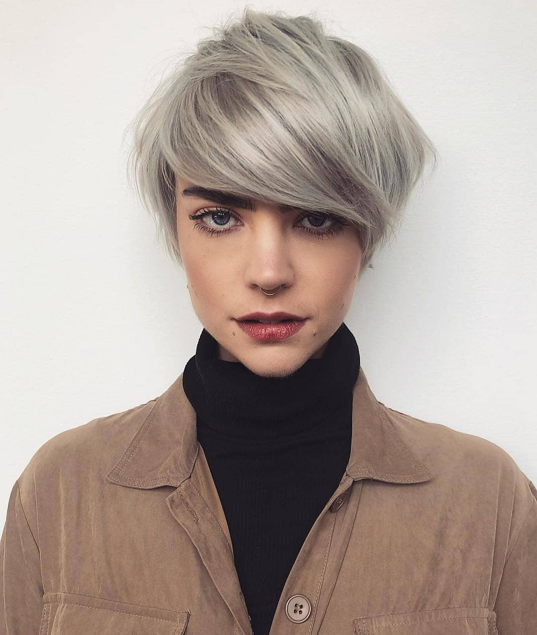 10 Trendy Short Hairstyles For Straight Hair Pixie Haircut For Female 2021