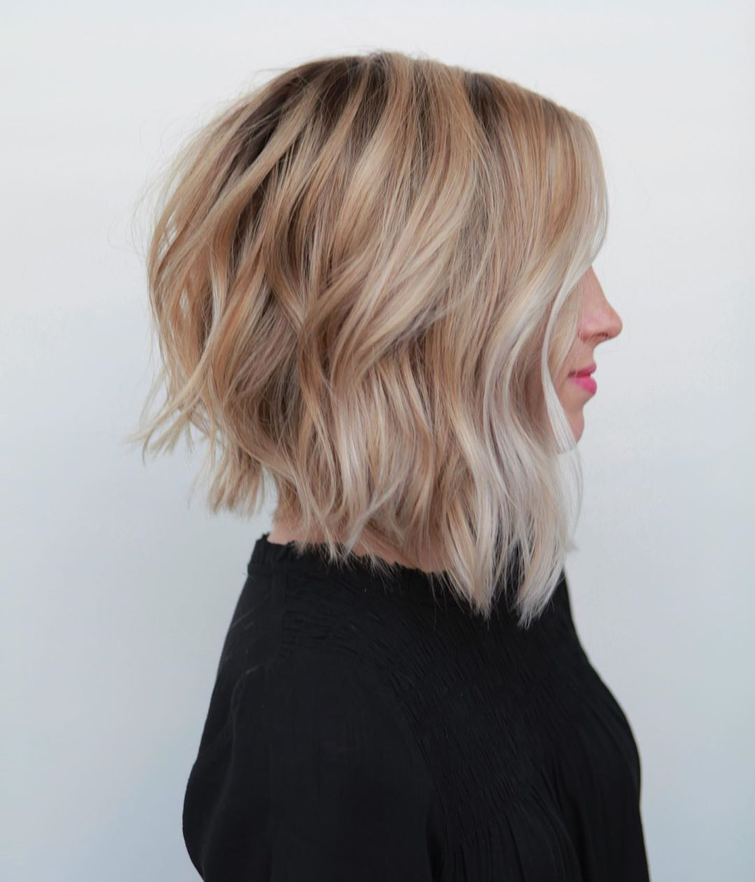 Latest Wavy Bob Haircuts Women - Short Bob Hairstyles