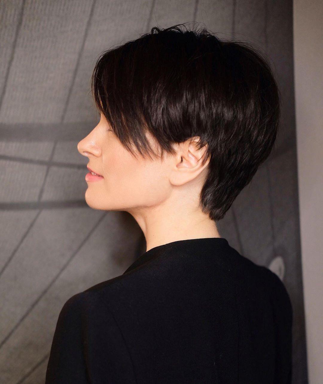 Stylish Easy Pixie Haircut for Women - Short Pixie Hair Style Ideas