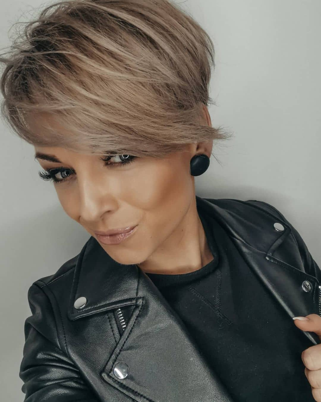 10 Easy Pixie Haircuts for Women - Straight Hairstyles for ...