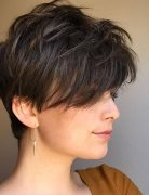 Casual and Easy Short Hairstyle for Women - Simple Short Hair Cuts