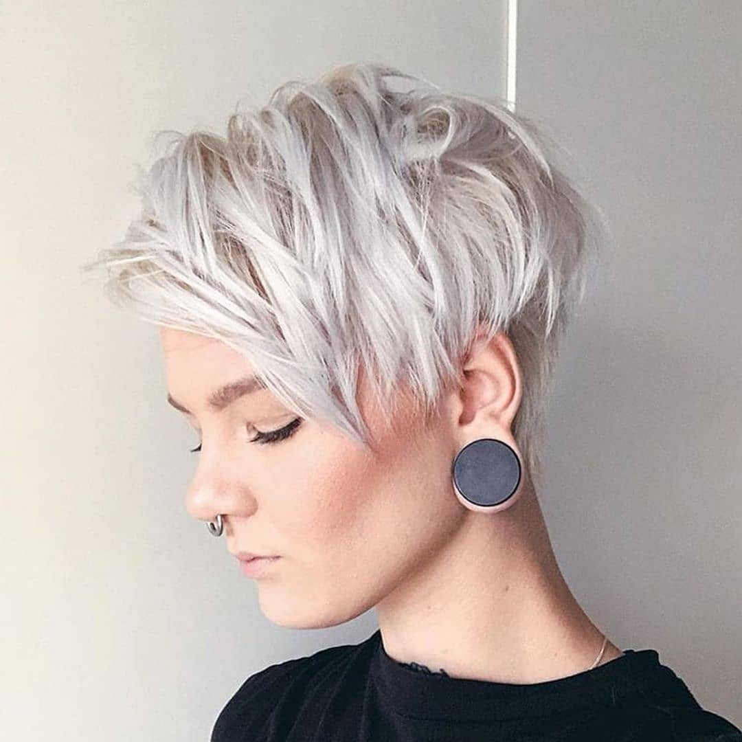 10 Stylish Casual & Easy Short Hairstyles for Women ...