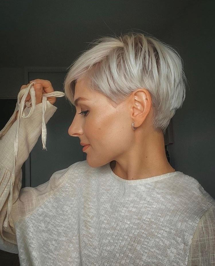 10 Stylish Casual & Easy Short Hairstyles for Women - Short Hair 2020 - 2021