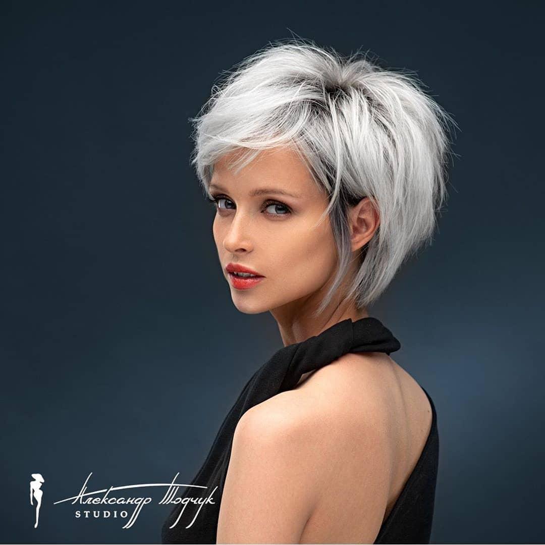 Simple Short Hair Cut For Ladies