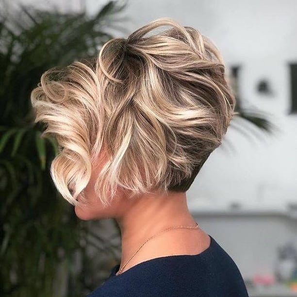 Short Haircut Style for Ladies - Women Short Hairstyles and Haircuts in 2021
