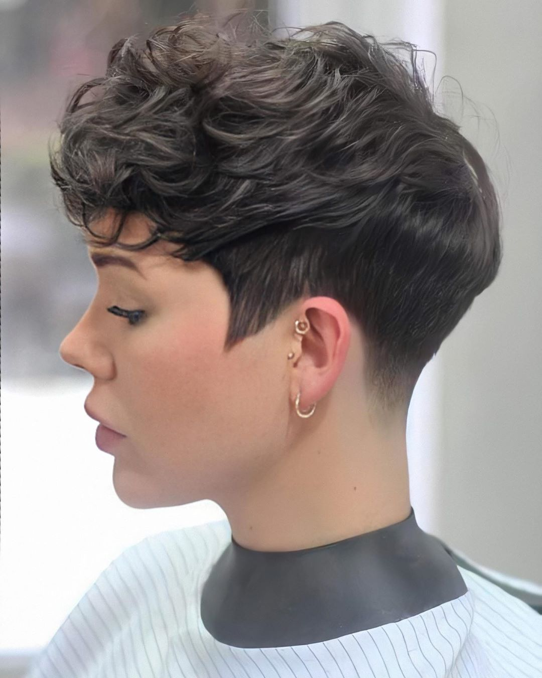 Stylish Short Pixie Cut and Color 2021 - Women Short ...