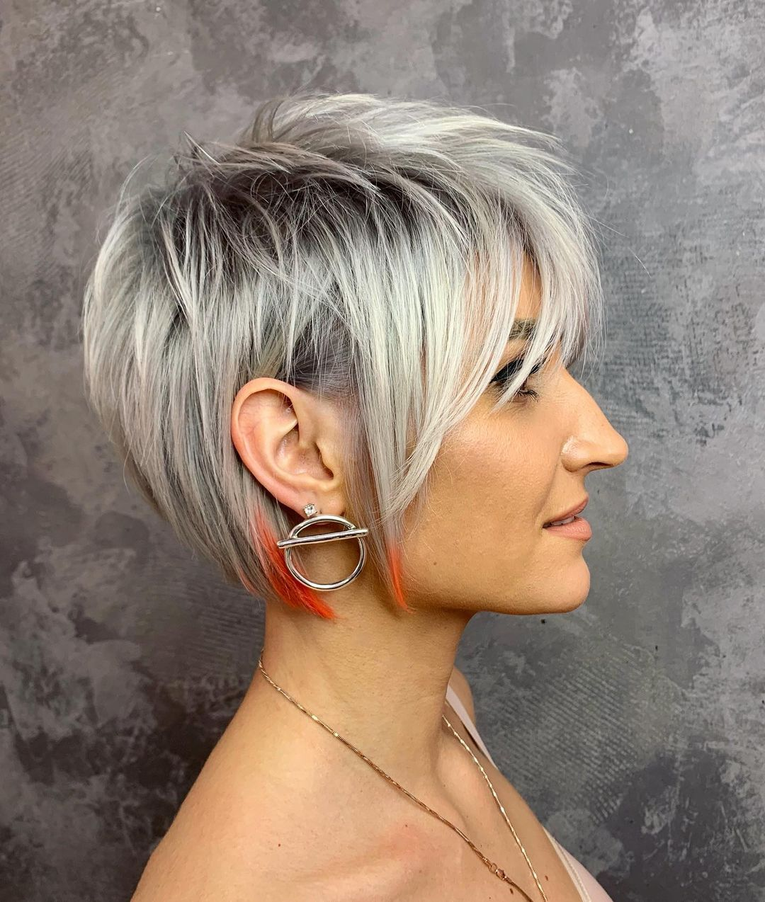 Stylish Short Pixie Cuts and Color 2021 - Women Short ...