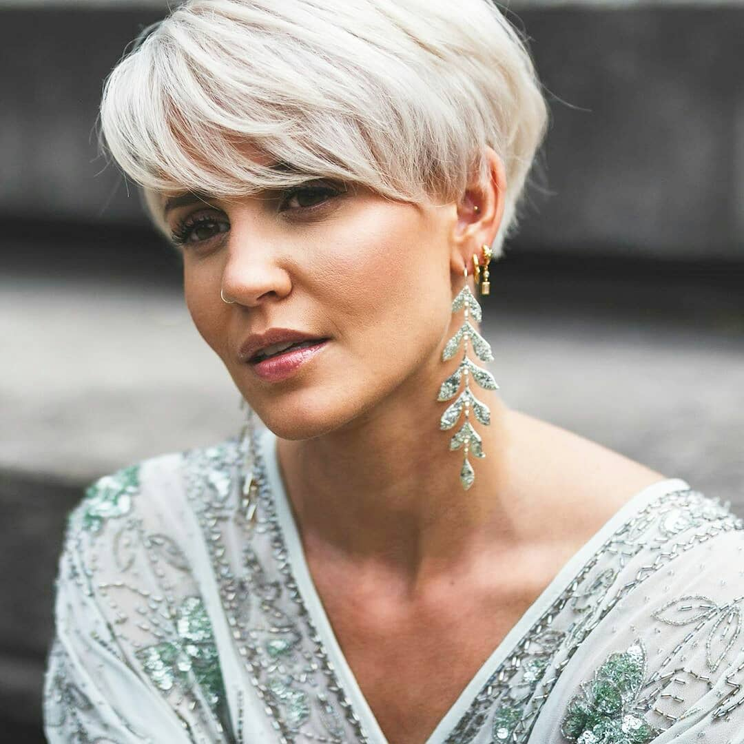 10 Female Everyday Hairstyles for Short Hair Makeovers