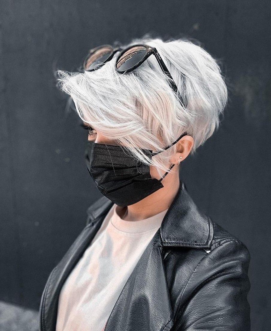 Kısa Pixie Kesimleri ve Saç Stillerinin En İyi Fikirleri - Kadınlar için Trendy Pixie Saç Kesimleri 2021 - 2022