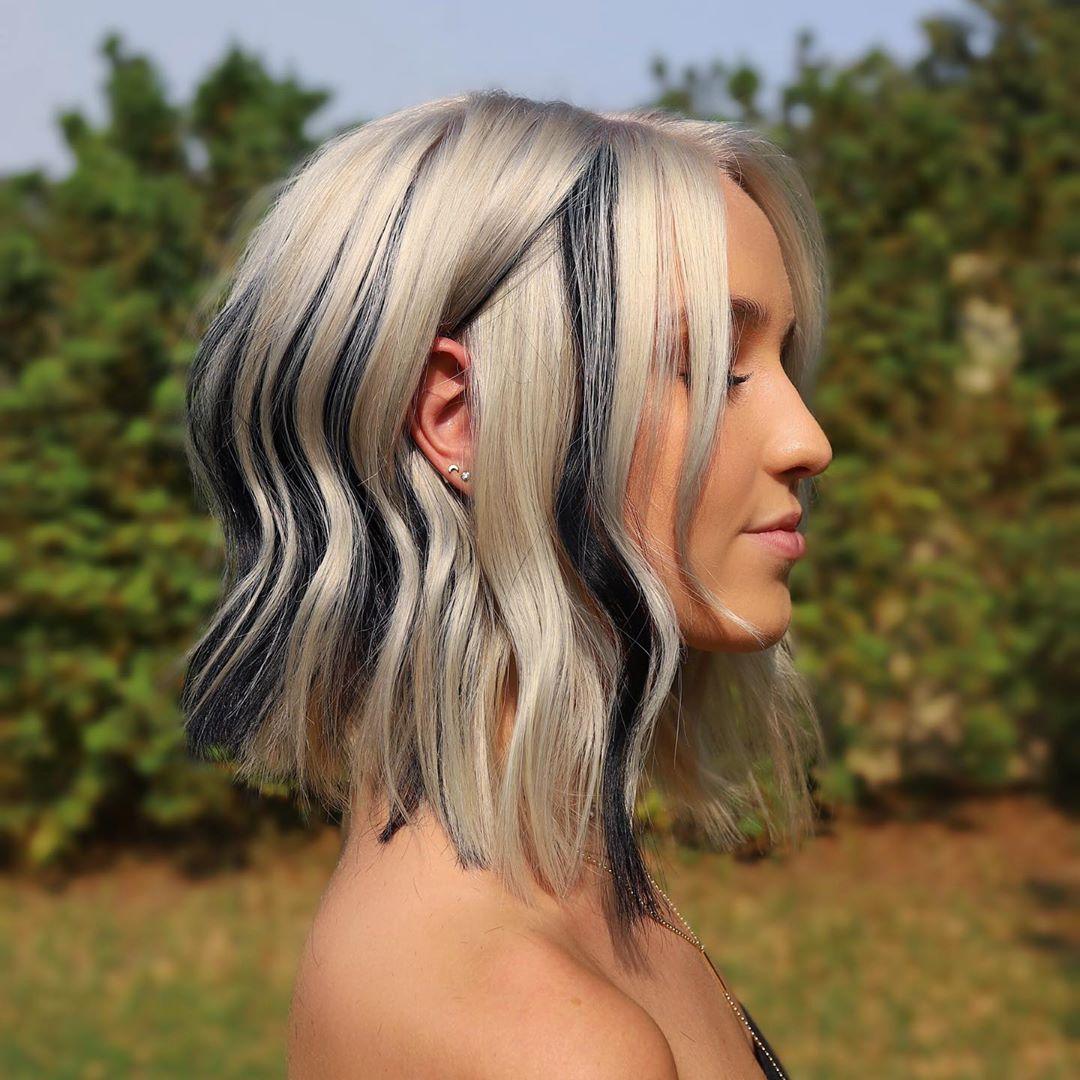 Oldukça Orta Boy Dalgalı Saç Kesimi Fikirleri - Kadın Omuz Uzunluğu Saç Modeli Tasarımları 2021 - 2022