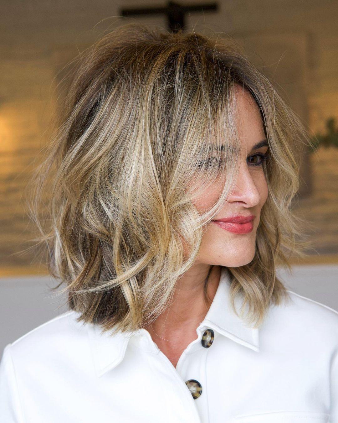 Pretty Short Wavy Hairstyles - Women Wavy Haircuts for Short Hair