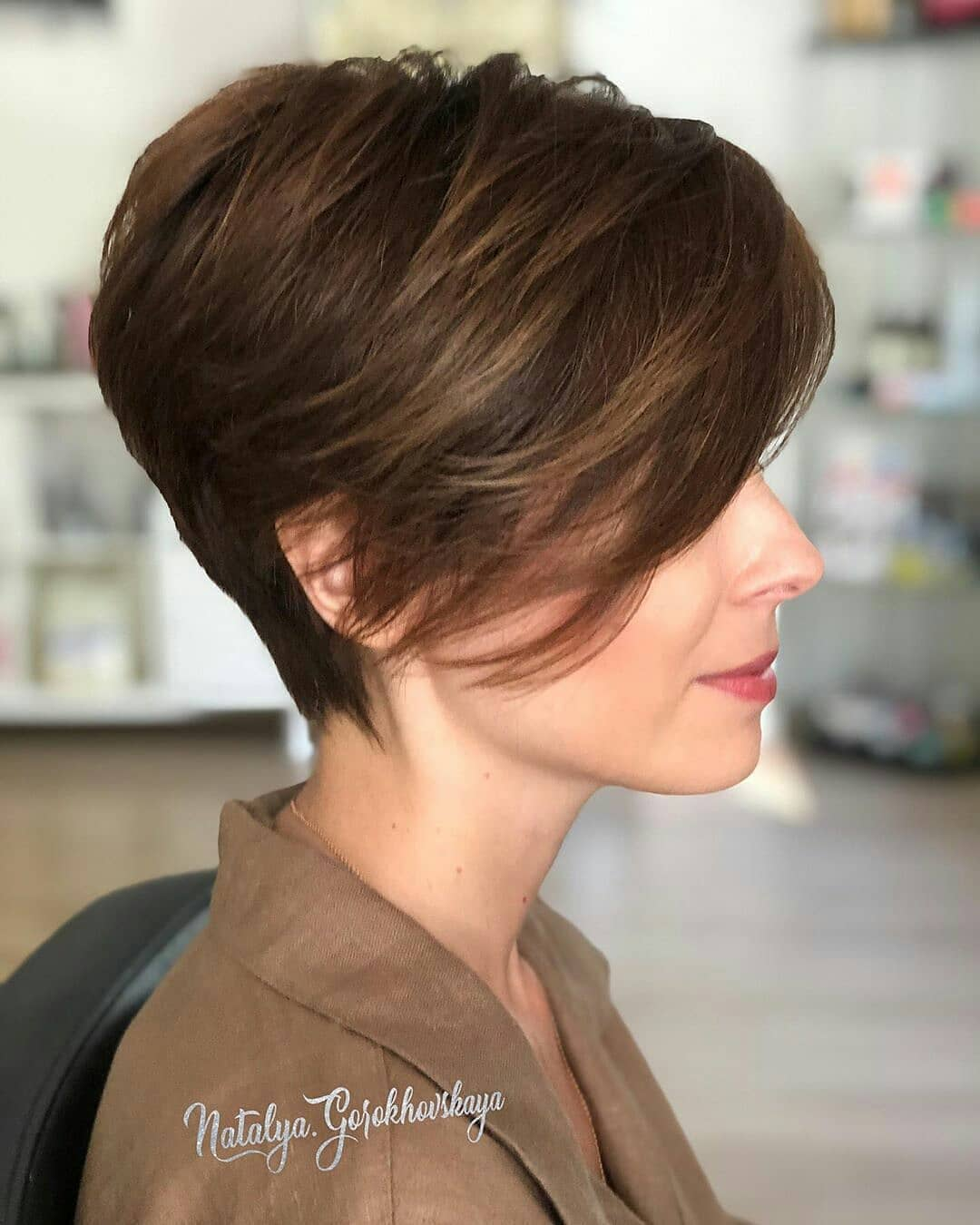 Stilvolle Kurzhaarschnitte für dickes Haar - Süße Kurzhaarfrisuren für Frauen