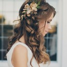 35 Wedding Hairstyles: Discover Next Year's Top Trends for Brides 2019