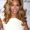 Beyoncé Knowles Long Hair Style: Loose Curls