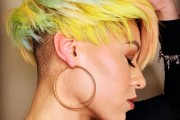 10 Trendy Pixie Haircuts & Color for Summer