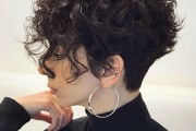 10 Pretty Short Wavy Hairstyles with New Texture & Volume Twists