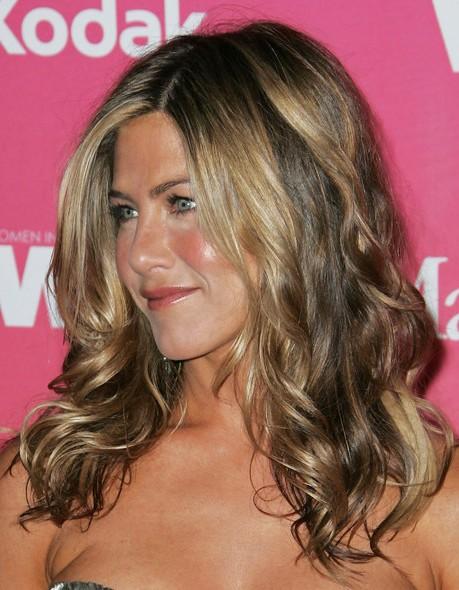 Jennifer Aniston Lange gewellte Frisuren