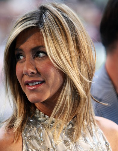Jennifer Aniston Medium Layered Frisuren 2012