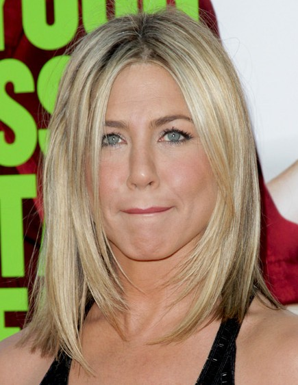 Jennifer aniston medium hairstyles 2012