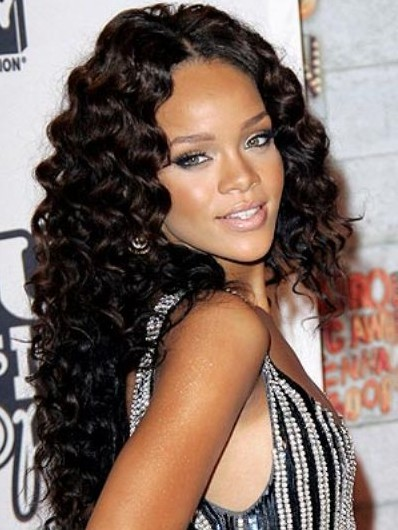 Rihanna Long Wavy Hairstyles