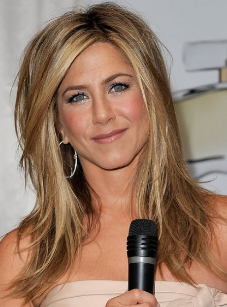 Jennifer Aniston Medium Hairstyles for Women | PoPular Haircuts