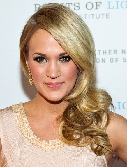 Carrie Underwood Formal Long Hairstyles 2012
