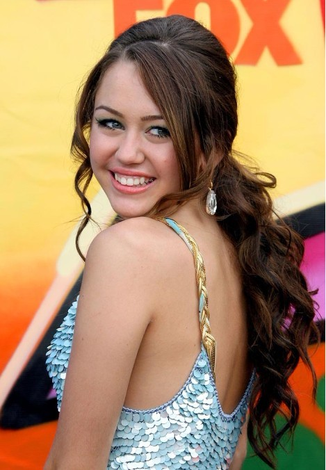 Miley Cyrus Messy Ponytail 2012