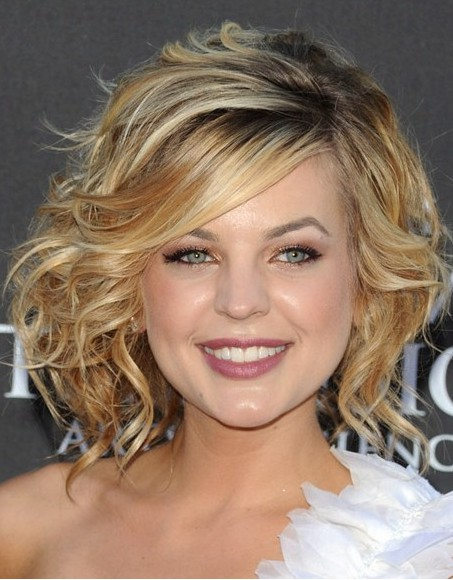 Hairstyles For Short Curly Hair Videos : Short Hairstyles 2012  Get a Fresh Look! - PoPular Haircuts