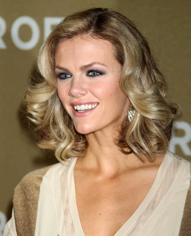 Brooklyn Decker Medium Curly Hairstyles 2012