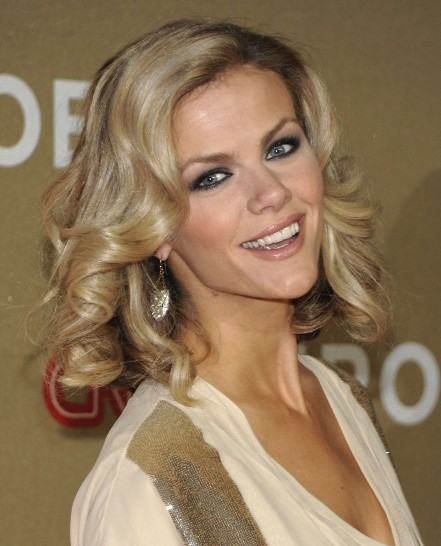 Brooklyn Decker Medium Hairstyles 2012
