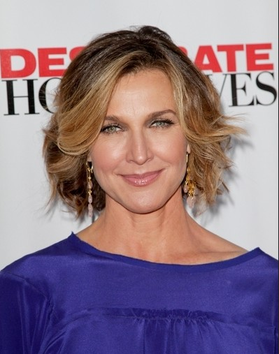 Brenda Strong Short Haircuts