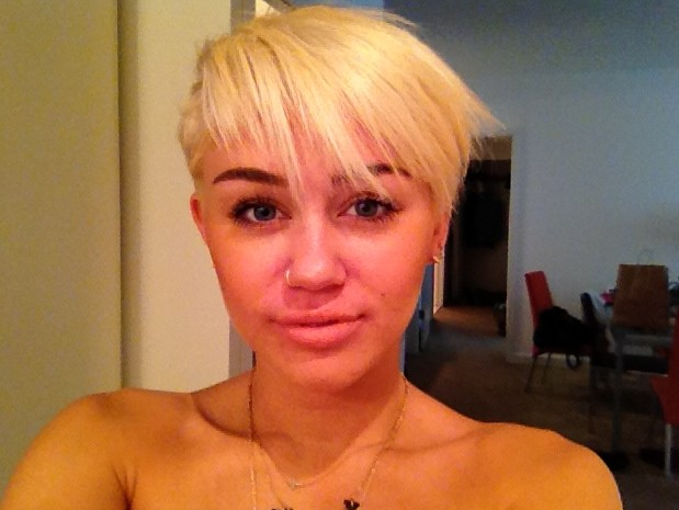 Miley Cyrus New Short Hairstyle 2012