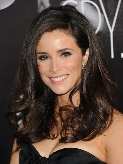 Abigail Spencer Hairstyles 2013